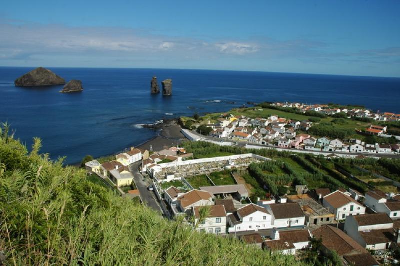 Mosteiros (Açores)