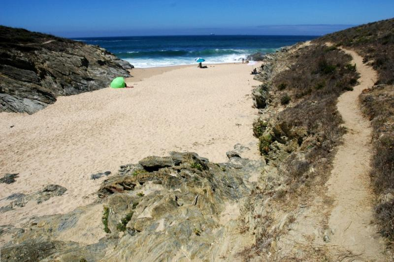 Prainha norte da Praia da Ilha do Pessegueiro