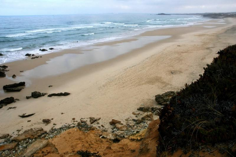 Praia dos Aivados